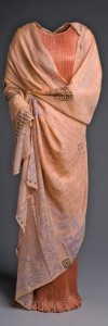 Fortuny dress (Delphos, 1907) and cape (Cnosos, 1906) exhibited at the Museo del Traje in 2010 as part of a Fortuny exhibition.