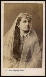 greek-woman-from-istanbul-abdullah-freres