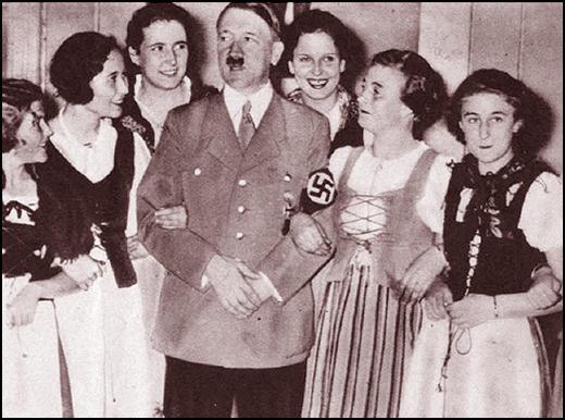 Hitler-and-women.jpg